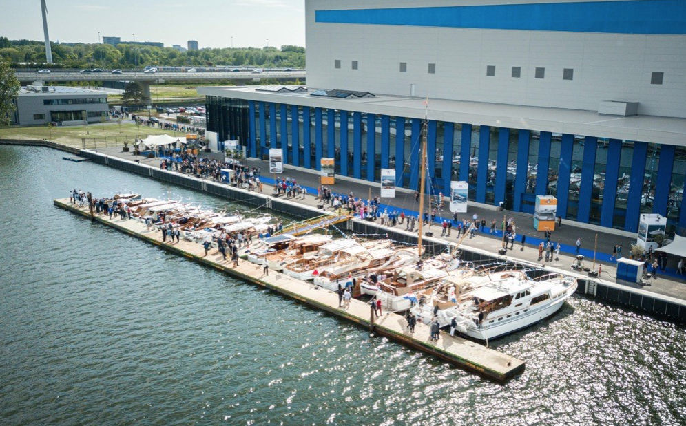 New shipyard for Feadship – sustainable contribution of WhisperPower